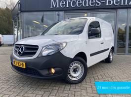 closed lcv Mercedes-Benz 109 CDI 90PK BlueEFFICIENCY EUR6 | AIRCO, ELEKTR. RAMEN, BIJRIJDERSBANK,... 2019