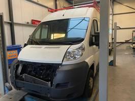 closed lcv Peugeot Motor schade 2013