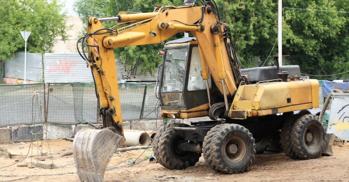 Wheeled Excavators for sale - used and new - TrucksNL