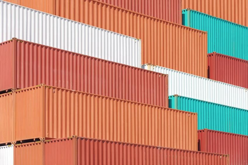 Shipping Containers for sale - used and new - TrucksNL